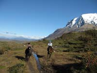 /international/Chile/2009TorresDelPaine/gallery/may1_ride/thumbnails/IMG_4072.jpg