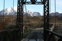 /international/Chile/2009TorresDelPaine/gallery/may2_ridefinish/thumbnails/IMG_5552.jpg
